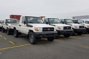 Toyota Land Cruiser HZJ79 Single Cabin